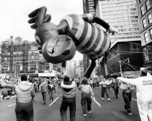 Macy's Thanksgiving Day Parade volunteers struggle with Bull