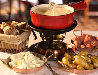 26 Vintage Fondue Recipes