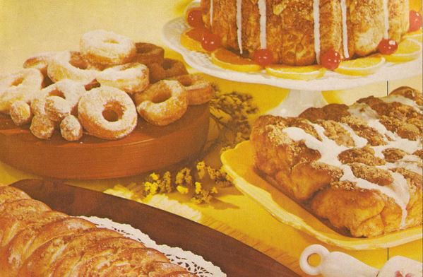 Vintage coffeecake, sweet rolls and doughnuts recipes
