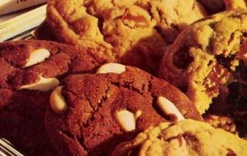 Golden Chocolate Treasure Cookies