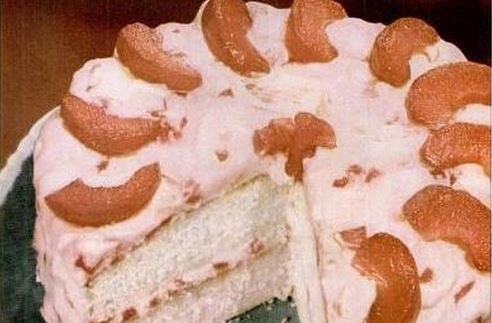 Cinnamon Apple Cream Cake
