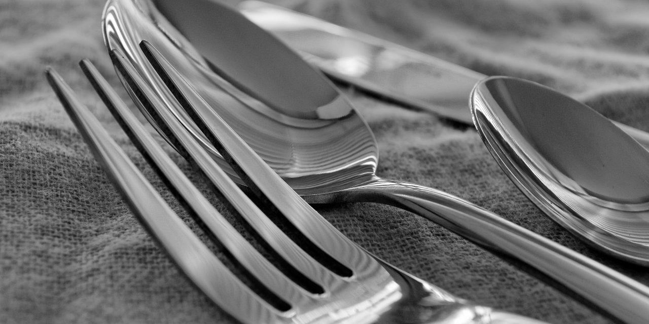 Clean Silverware